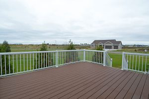 Fox Hill 19 Deck