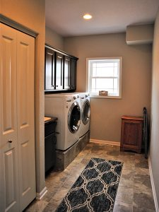 19 Windsor Corner Laundry Room